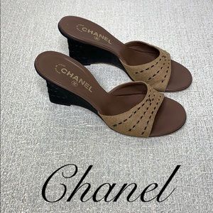 CHANEL TAN MULES WITH WEDGE HEEL